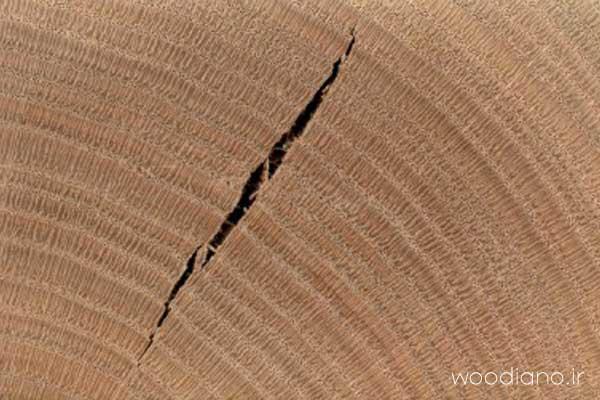 خرید چوب, شانه عسلی شدن چوب, معایب چوب, ترک در چوب