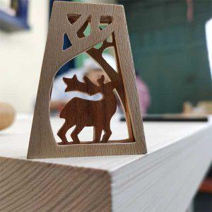 گوزن چوبی, دوره آموزش منبت ظریف و حجم تراشی کار در خانه وودیانو