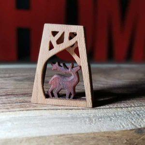 ساخت گوزن چوبی با چوب رز و چنار